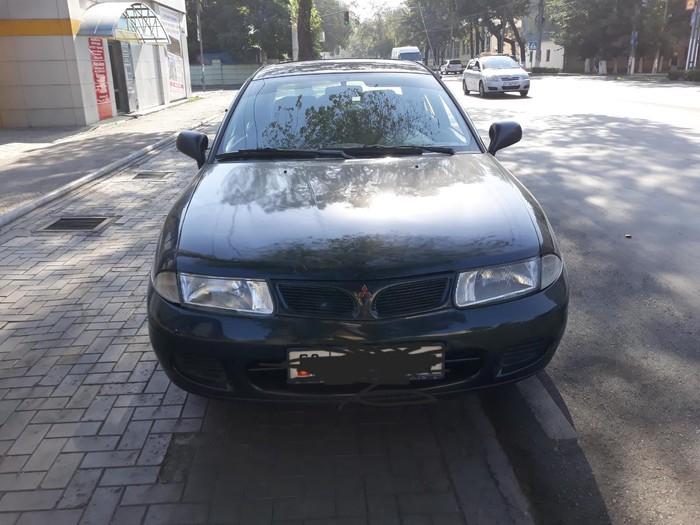 Mitsubishi Carisma 1998. Photo 3