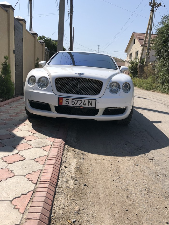 Bentley Continental Flying Spur 2006. Photo 0