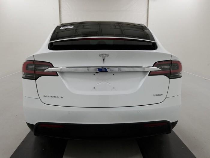 Tesla 2017. Photo 3