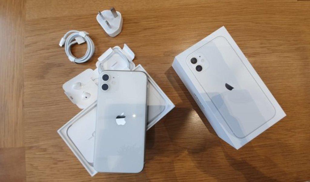 Apple iPhone 11 128Gb Original Brand New