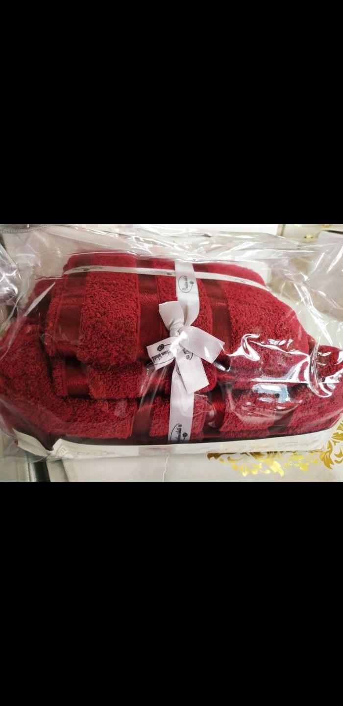 8cfacc755397 Комплект состоит из двух полотенец :лицевого и банного за 1000 KGS в ...