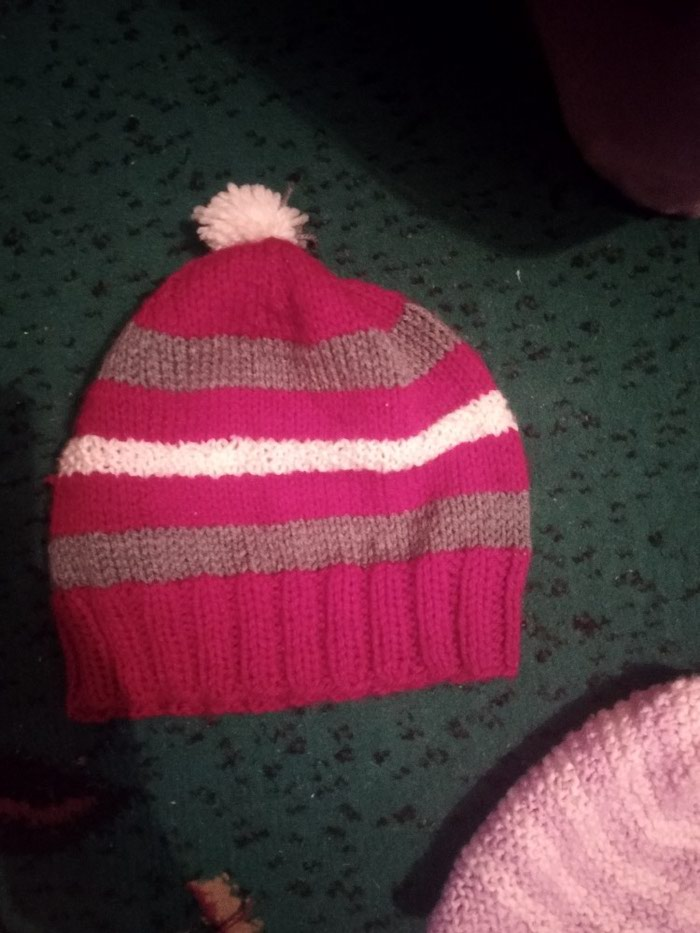 Продам детские шапки для девочек по 100 сом. Photo 1