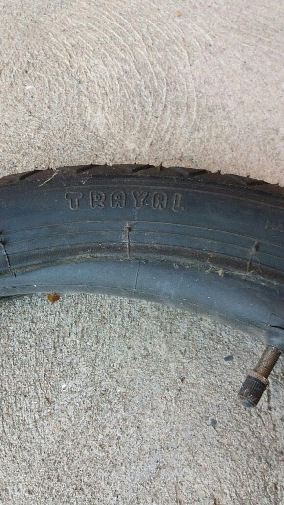 Spoljna i unutrašnja guma za motocikl. Novo povoljno.. Photo 2