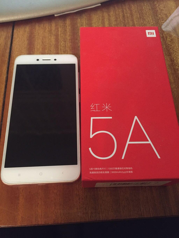 Б/у Xiaomi Redmi 5A 16 ГБ Розовый: Б/у Xiaomi Redmi 5A 16 ГБ Розовый