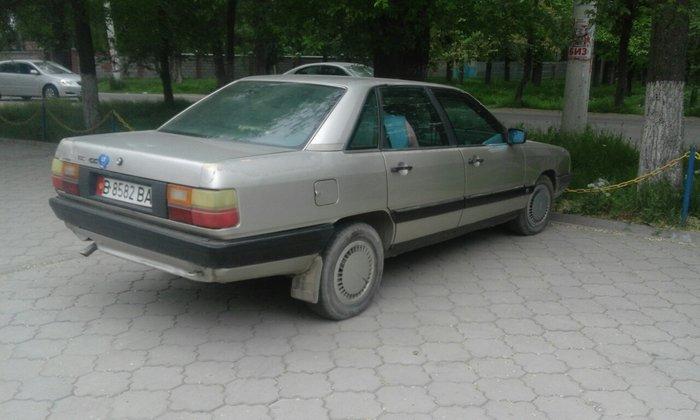 Audi 1987 σε Бишкек