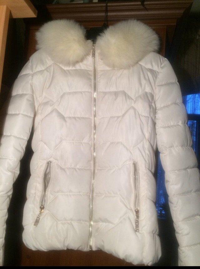 c1076caed84 Теплая зимняя белая куртка размер 44-46. - Договорная в Бишкеке ...