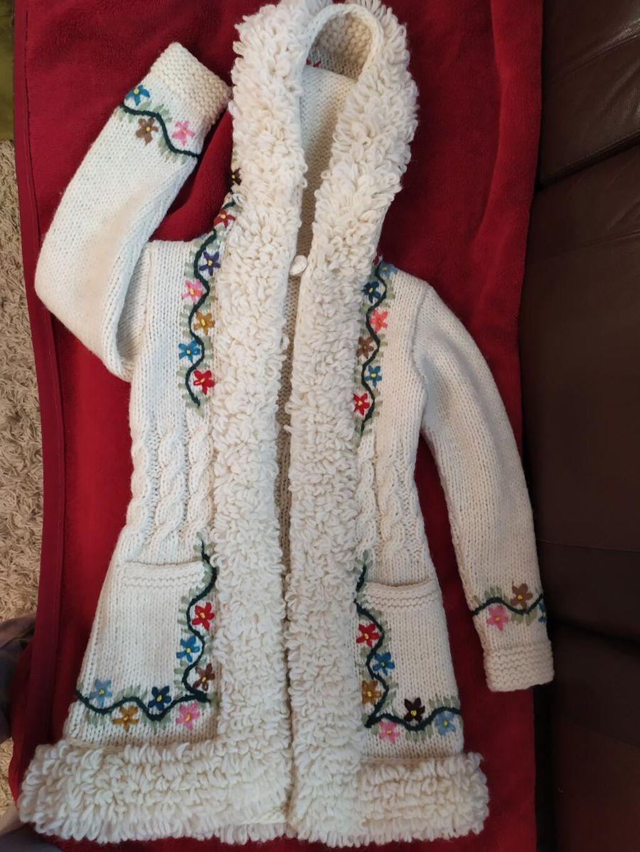 Unikatni džemper sa Zlatibora!
