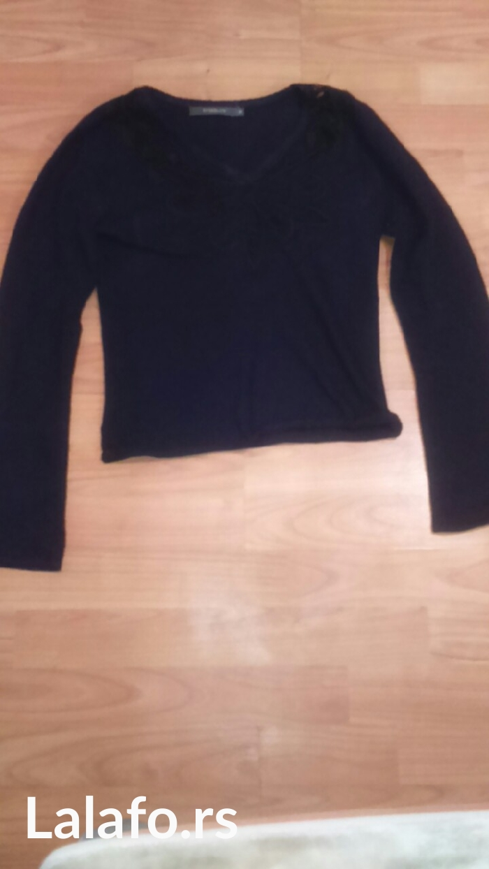 ☝top bluzica bez ostecenja marka i veličina na slici, za sve ostalo pi - Cuprija