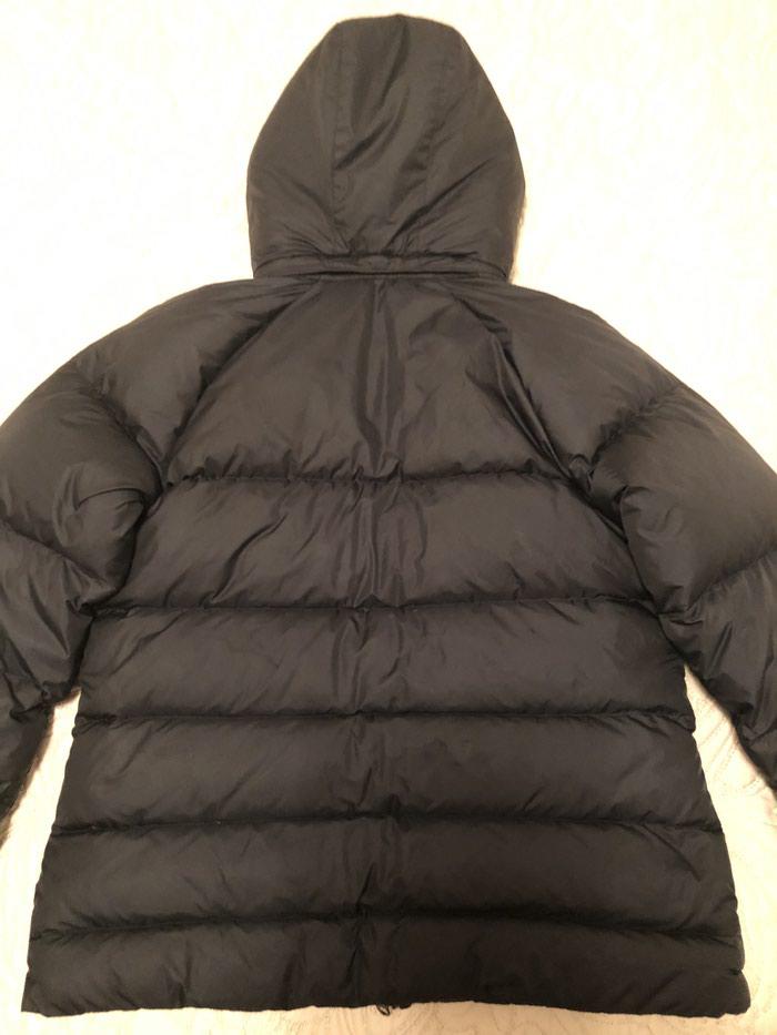 NIKE zenska jakna. Crna,perjana,ocuvana,velicina L.. Photo 3