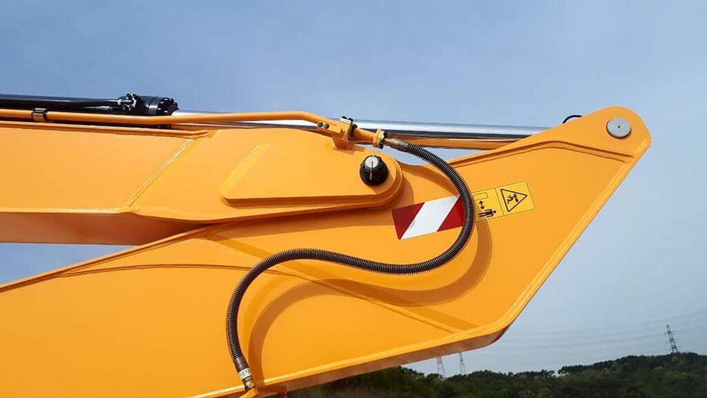 Продаётся и сдаётся на аренду экскаватор гусеница Hyundai 3000LC длинная стрела 11