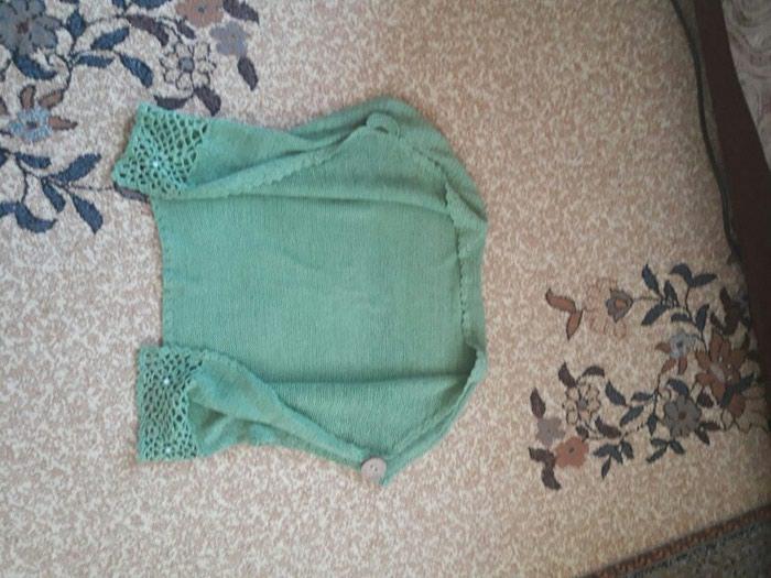 Pletena zenska jaknica....38/40 velicina...Nova..1200 dinara. Photo 2