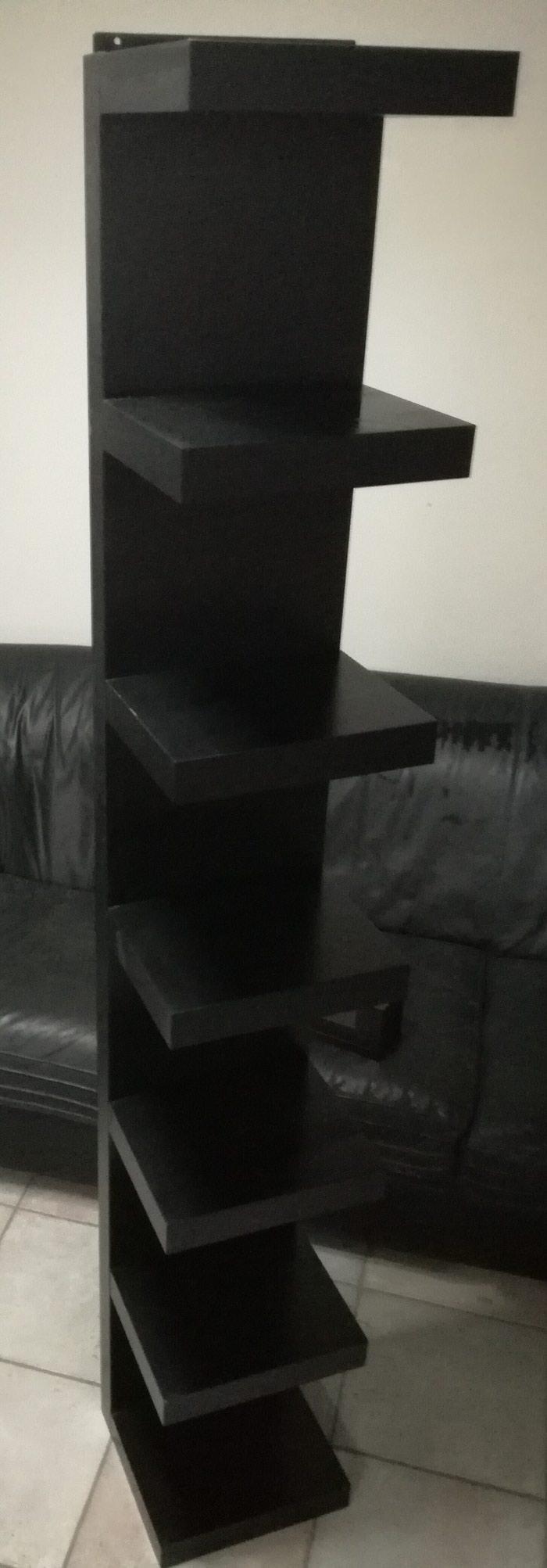 Πωλείται μαύρο ξύλινο έπιπλο διακόσμησης, με 7 ράφια!. Photo 0