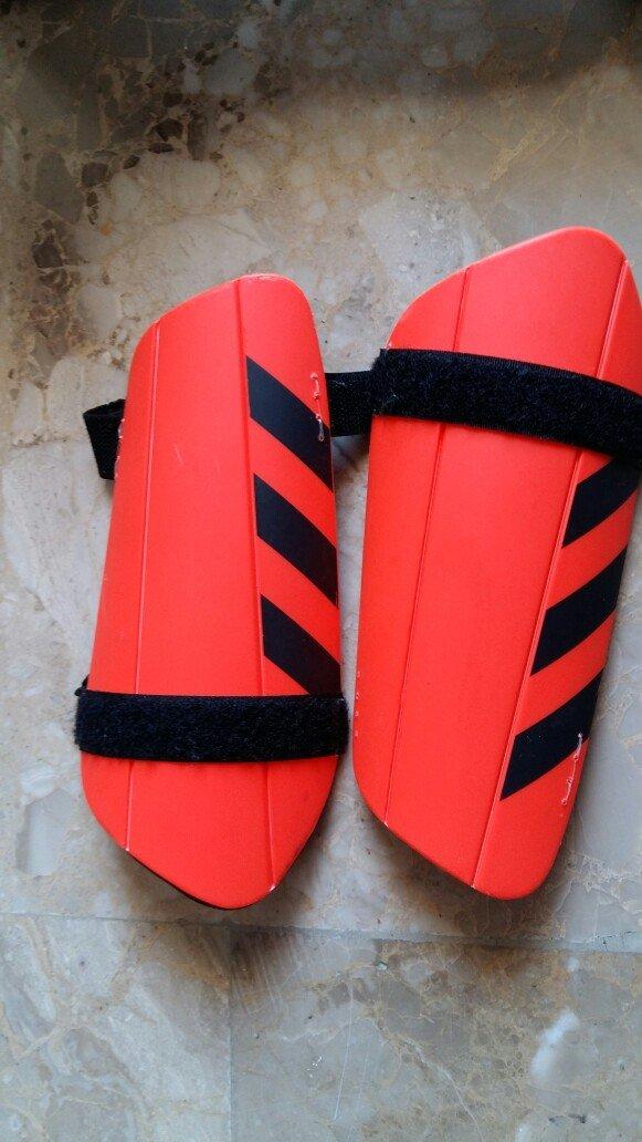 Τα ποδοσφαιρικά παπούτσια είναι σε. Photo 9