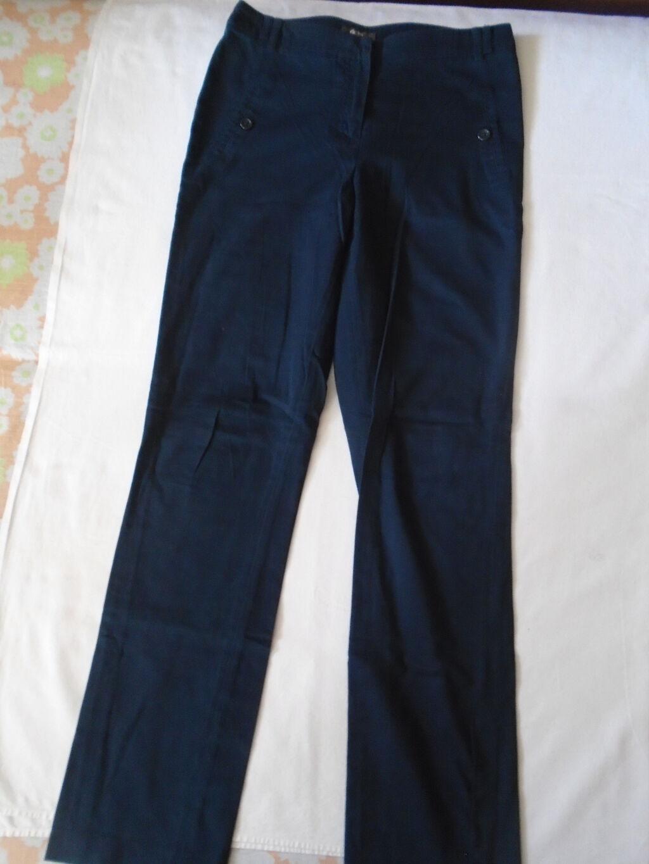 Teget pantalone + Mona Majica, nošeno, očuvano