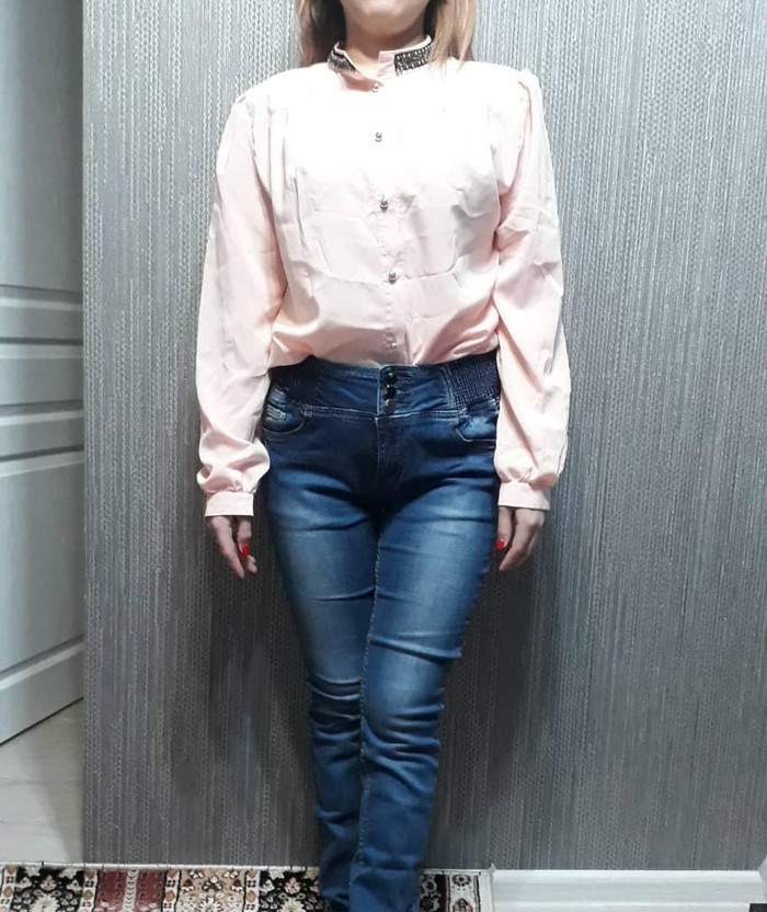 Рубашка 48 /200с   джинсы 46-48/500с. Photo 0