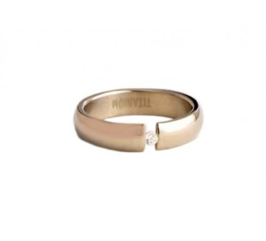 кольцо из титана, ширина: 5мм,  вставка: циркон, рельсовая закрепка в Бишкек