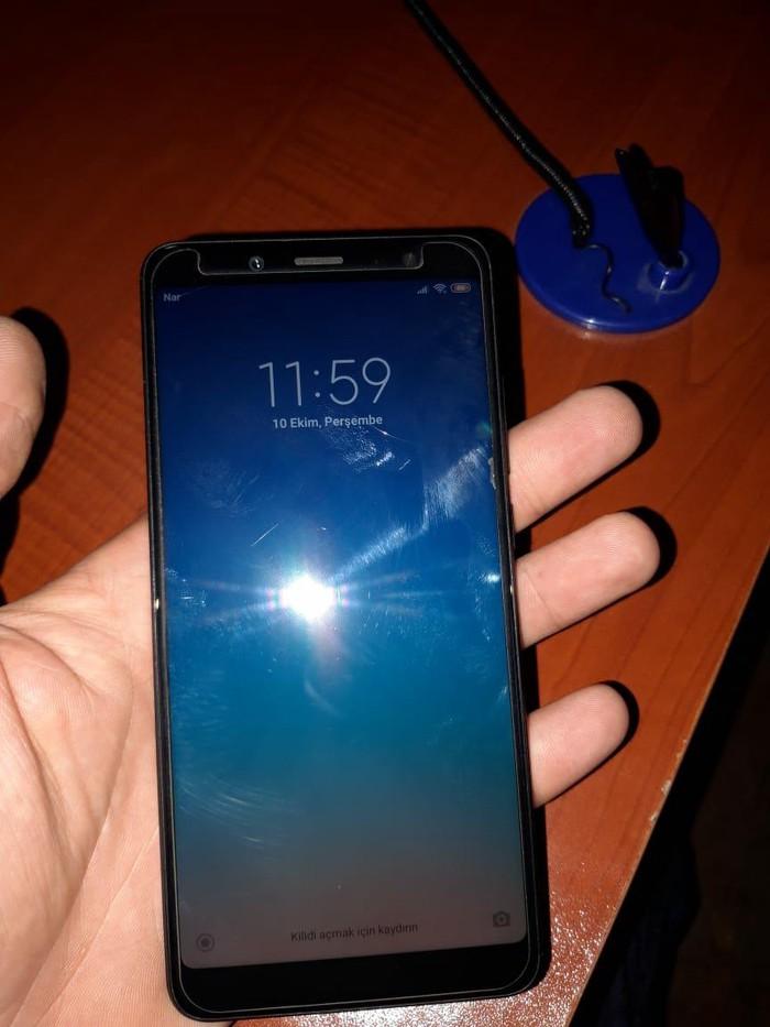 İşlənmiş Xiaomi Redmi Note 5 64 GB qara. Photo 2