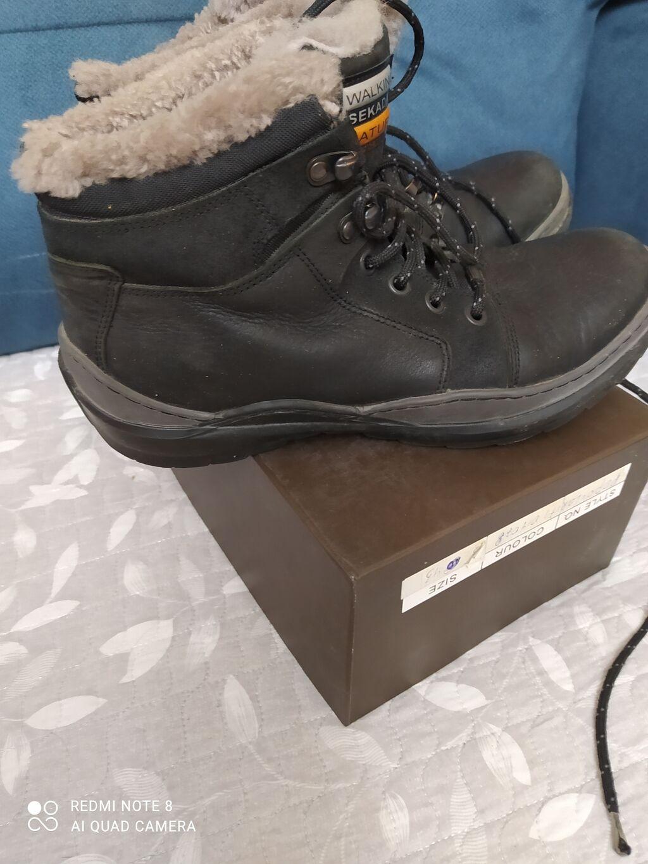 Зимние ботинки на цигейке в отличном состоянии,кожа,39размер.Турция.б/: Зимние ботинки на цигейке в отличном состоянии,кожа,39размер.Турция.б/