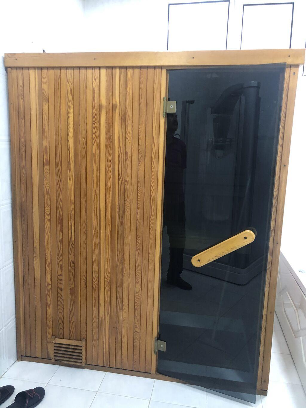 Sauna Yaxşi veziyətdədi, elektriklə gızır, 2 nıfər üçün nəzərdə tutub 2-3 dəfə istifadə olunub, durumu yeni kimidi, giymətxə razılaşarıg ciddi alıcıynan