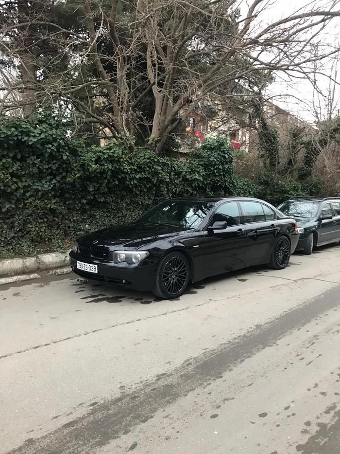 BMW 745 2002. Photo 1