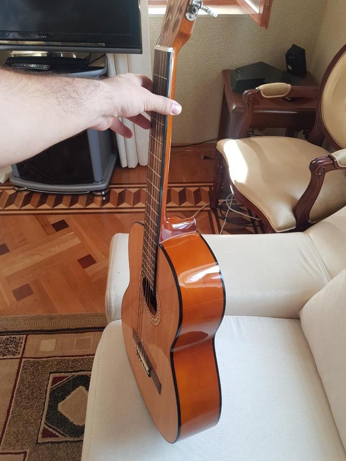 Gitarı 1 aydı 180 man almışam işlədməmişəm  130 a satıram. Photo 0