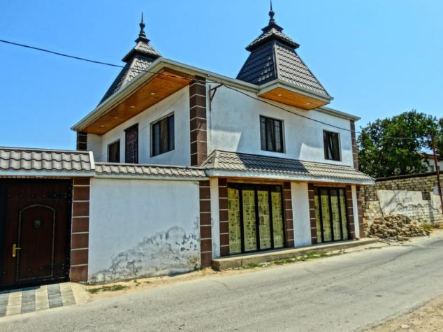 Satış Evlər vasitəçidən: 220 kv. m., 3 otaqlı. Photo 0