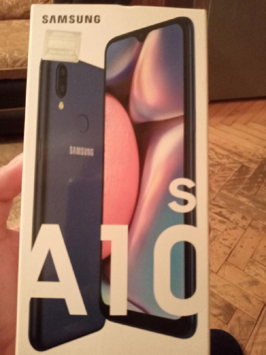 New Samsung A10s 32 GB blue