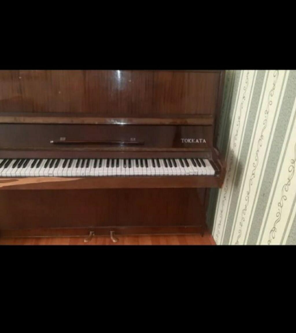 Piano satilir 100 AZN, ünvan  lokbatan ruhan