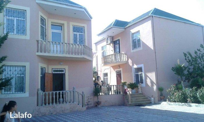 Bakı şəhərində Xirdalanda icra hakimiyyetinin yaninda 2 ayri ayri iki mertebeli ev