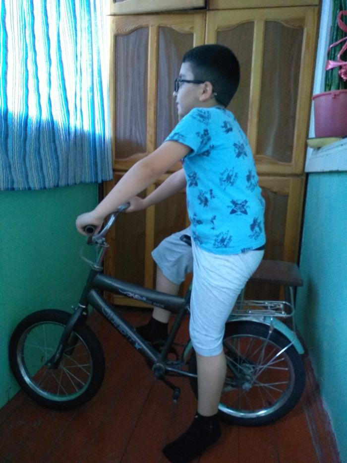Uşaq velosipedi, normal vəziyyətdə. Photo 0