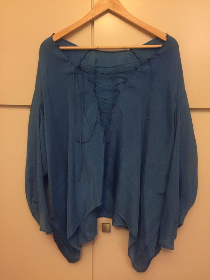 Zara woman μεταξωτή , φαρδιά , μπλε ρουά μπλούζα . Νο small . Αφόρετη . Photo 2