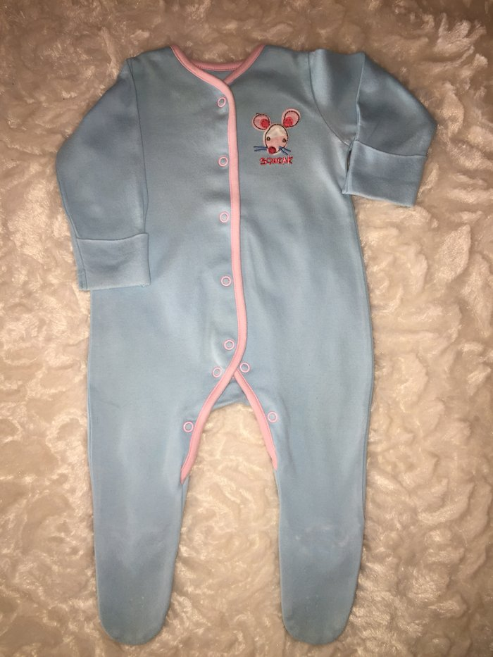 3 babygrows. 0-3 months. Excellent condition. . Photo 3