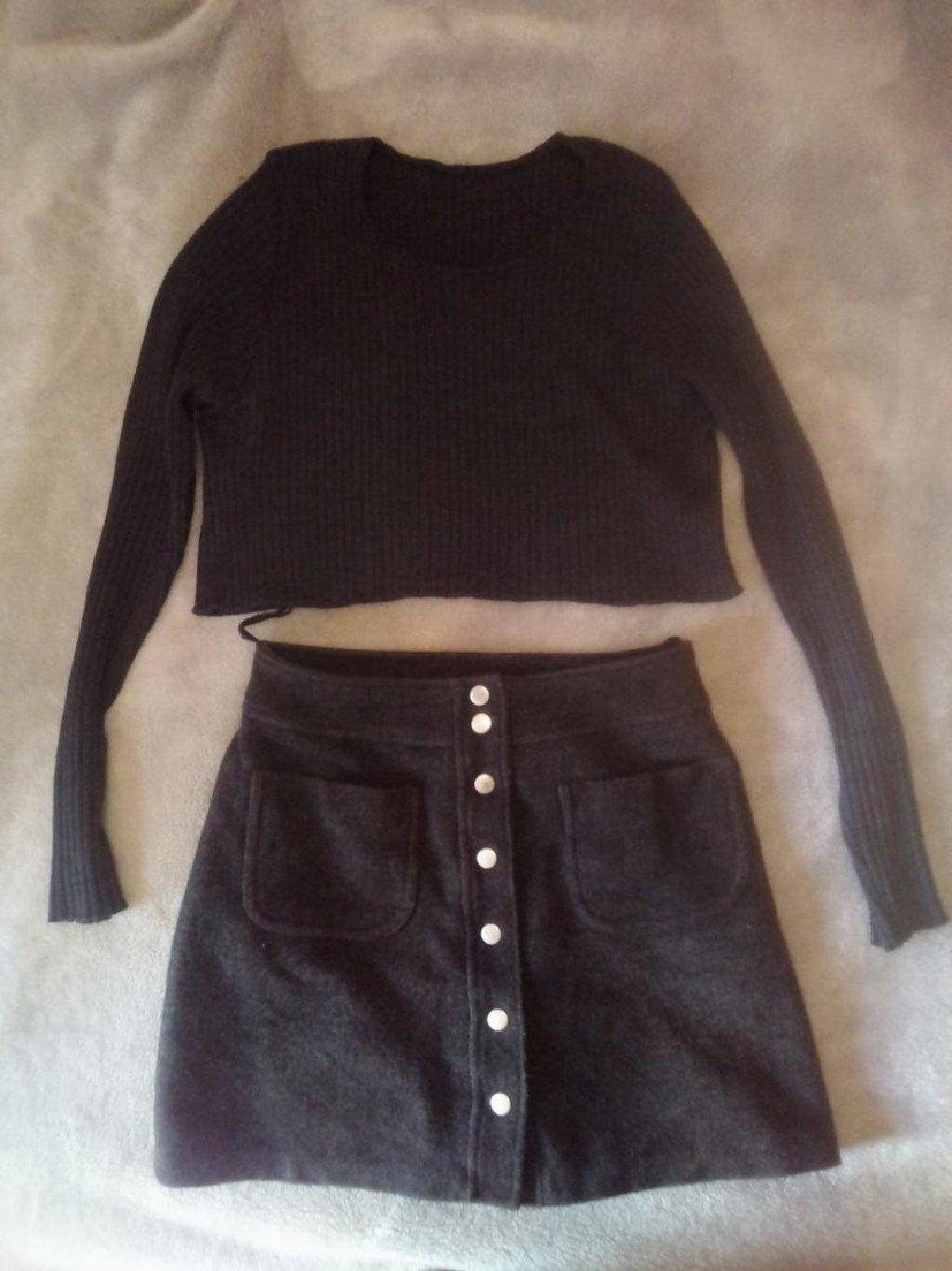 Short t-shirt and skirt set