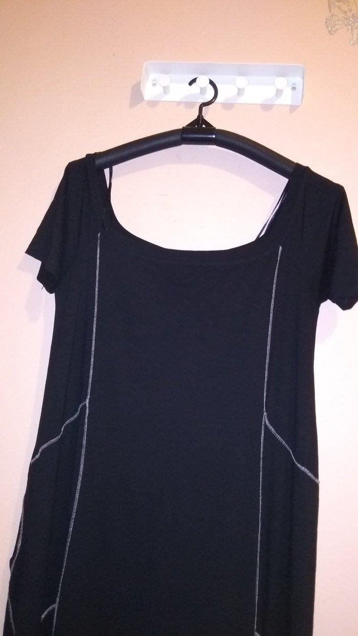 Φόρεμα μαύρο , με μύτες στο. Photo 1
