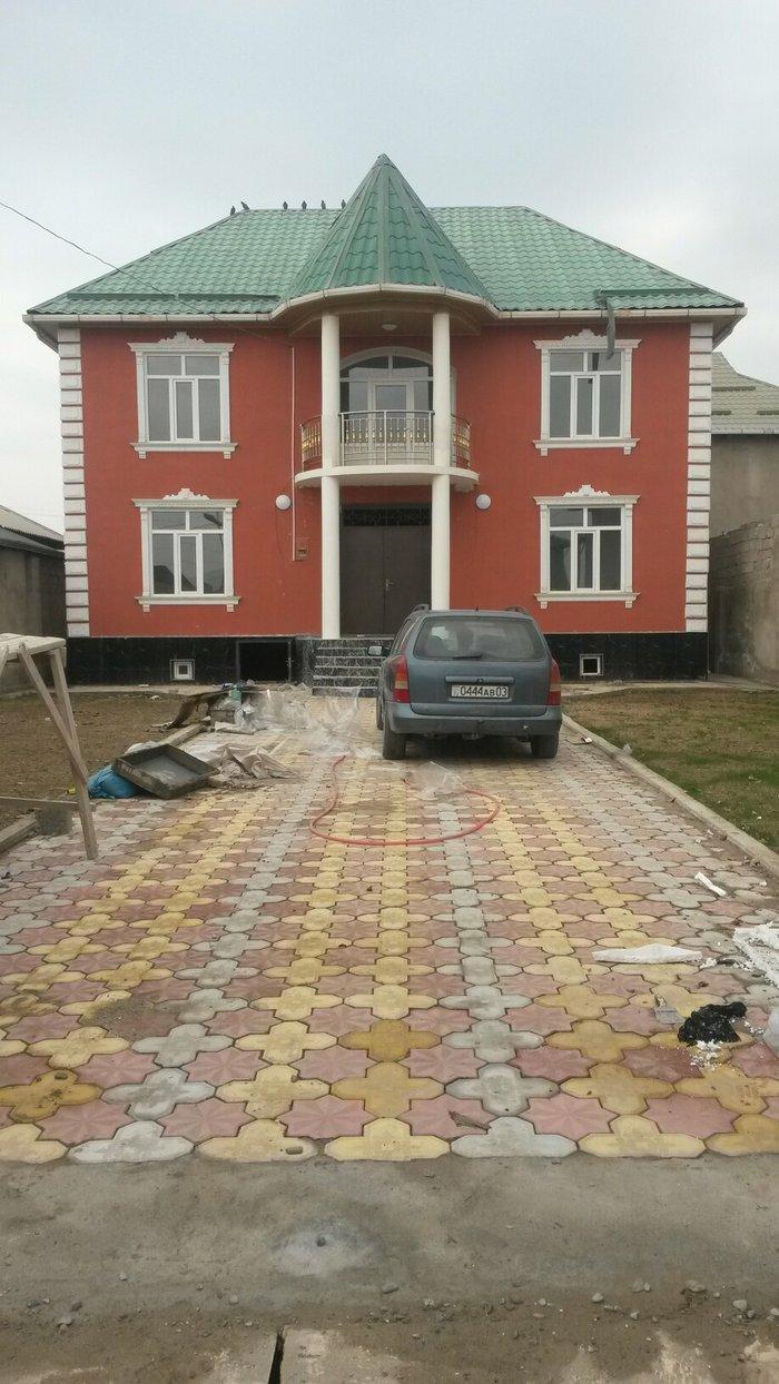 Хона вокеъ дар ш.Душанбе поени Корвон рохи семент бозор в Душанбе