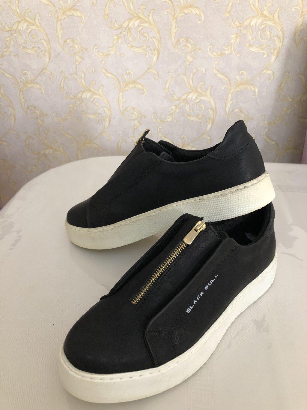 Black Bull Shoes