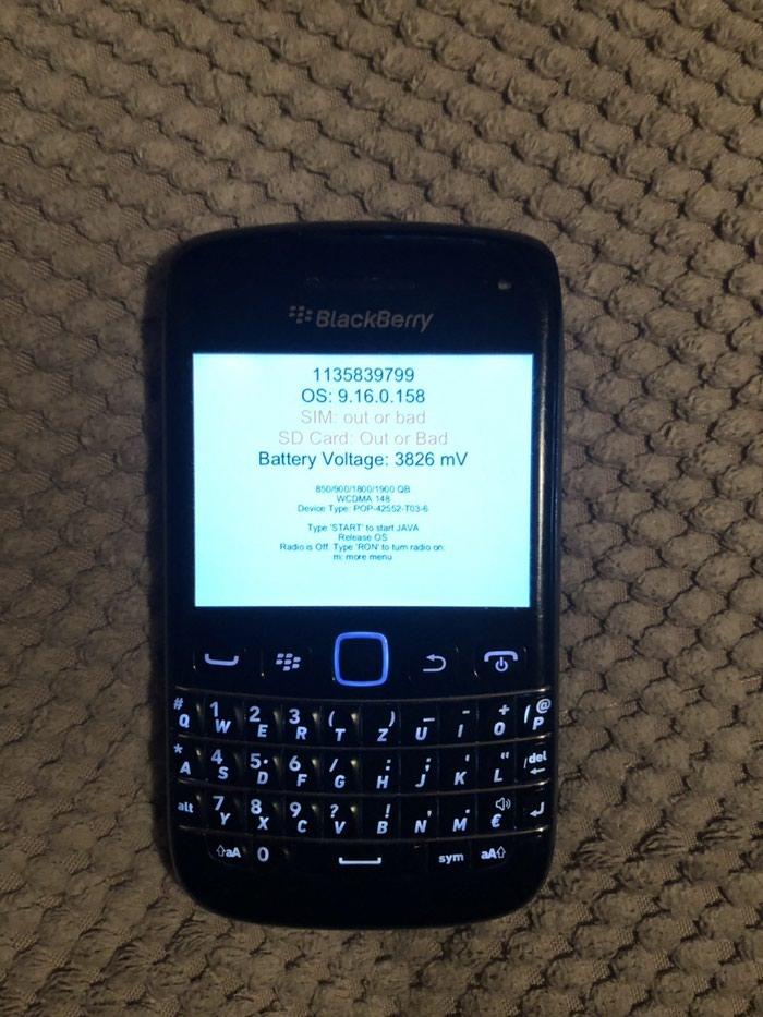 Blackberry - Mladenovac: Blackberry bold 9790, u ispravnom stanju bez punjaca(podrzava android punjac)