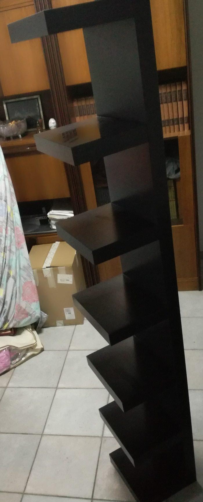 Πωλείται μαύρο ξύλινο έπιπλο διακόσμησης, με 7 ράφια!. Photo 2