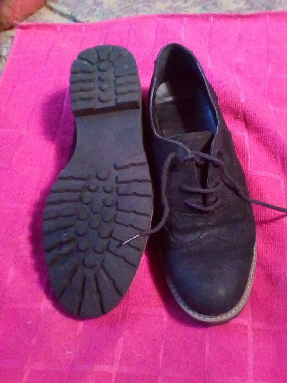 Zenske cipele,broj 38,ocuvane