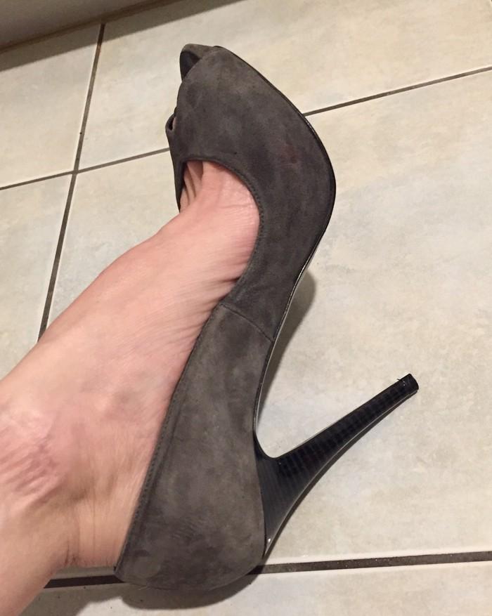 Zara suede ανθρακί peep toes . Καινούργια .. Photo 4