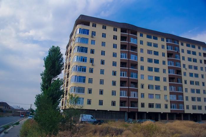 Продается квартира: 2 комнаты, 74 кв. м., Бишкек. Photo 0