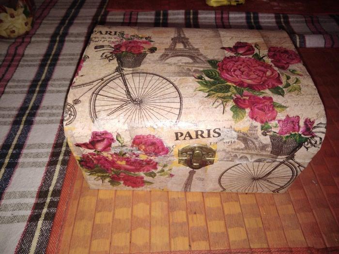 Kutija ukrasna radjena dekupaz tehnika - Pancevo