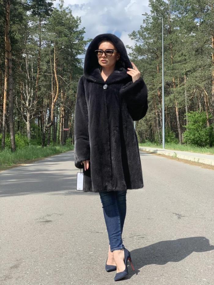 Ženski kaputi od minke! Veliki izbor modela! Krzneni kaputi i kratki kaputi! Izuzetni novi modeli! Šik debeo krzno