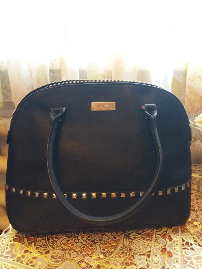 5413a74ad115 Новая сумка от MANGO .черная .очень удобная. 500сом. 26см. за 500 ...