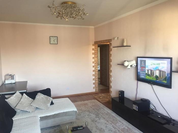 Продается квартира: 3 комнаты, 62 кв. м., Бишкек. Photo 3