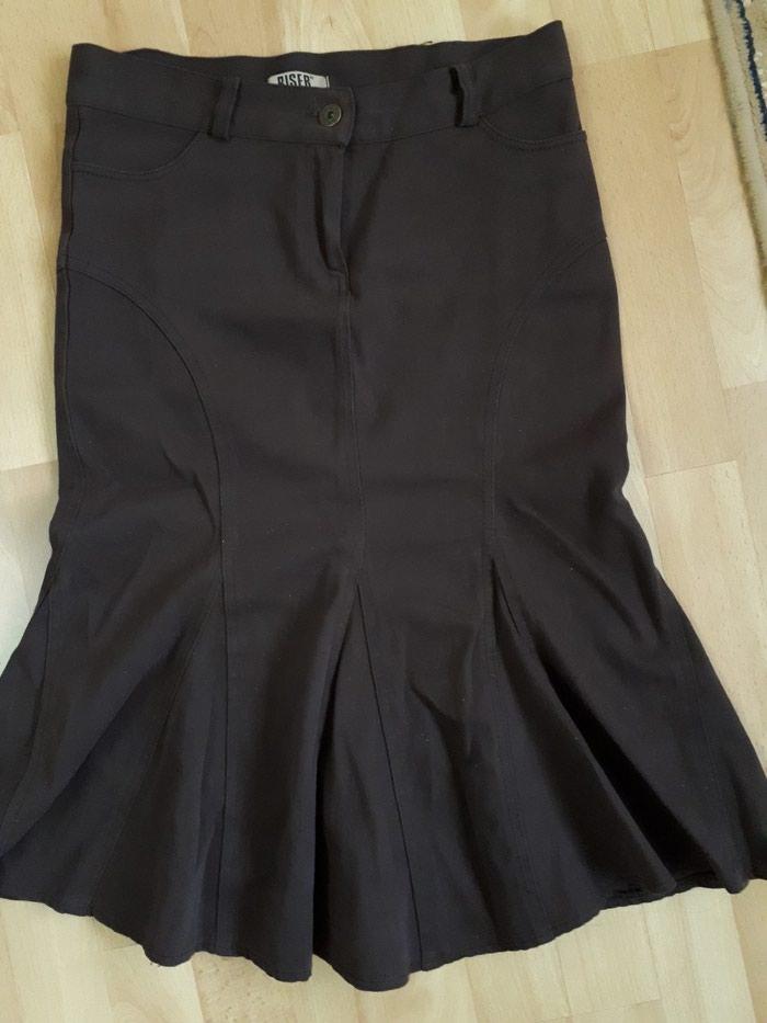 Suknja 36 br. odlicna, bez ikakvih ostecenja. Photo 0