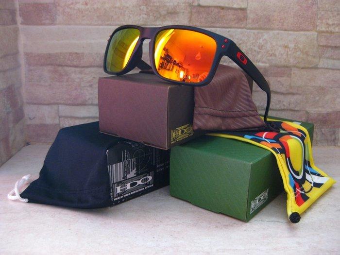 7c54037ccd Πωλούνται καινούργια γυαλιά ηλίου Oakley Holbrook Polarized σε for ...