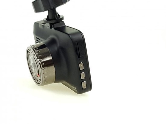 Black box auto kamera   Opis:       - 120 stepeni ugao snimanja - Beograd