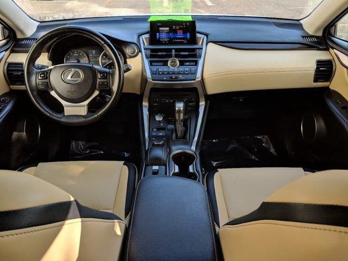 Lexus NX 2017. Photo 5