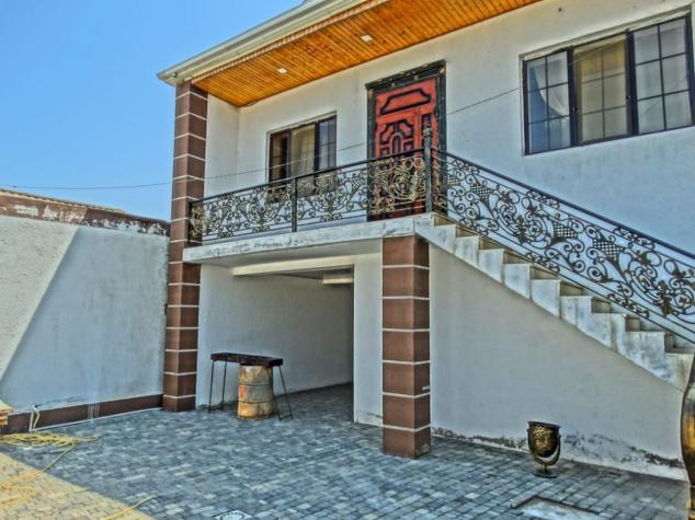 Satış Evlər vasitəçidən: 220 kv. m., 3 otaqlı. Photo 1